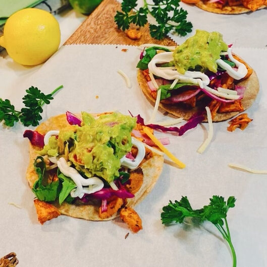 quick & easy sweet potato tacos topped with fresh guacamole FOR THE BUSY WIFEPRENEUR & foodie!